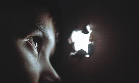 Τρίκαλα: 59χρονος παρενοχλούσε κοριτσάκια στο γκαράζ του - Σοκάρουν οι καταθέσεις των ανηλίκων
