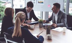 Πέντε πράγματα που κάνουν οι επιτυχημένοι επαγγελματίες (εικόνες)