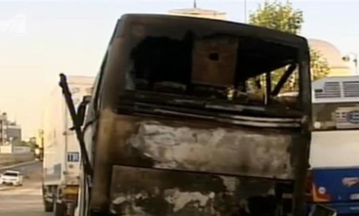 Έκαψαν τουριστικό λεωφορείο αλβανικής εταιρείας στο κέντρο της Αθήνας (vid)