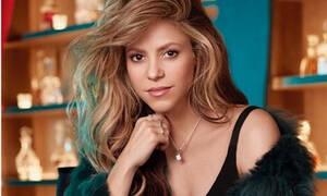 Η Shakira φοράει το μαγιό της και ρίχνει το Instagram