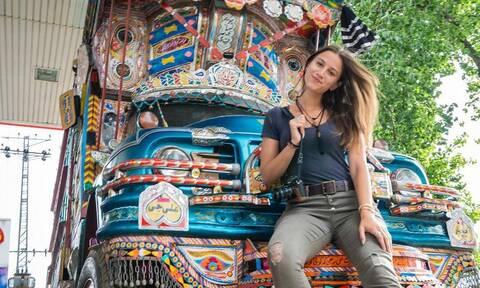 Αυτή είναι η 21χρονη που κατέρριψε το ρεκόρ Γκίνες ταξιδεύοντας σε 196 χώρες (pics)