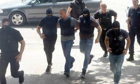 Ληστεία στο ΑΧΕΠΑ: «Καθαρά» τα όπλα των Σακκά - Δημητράκη