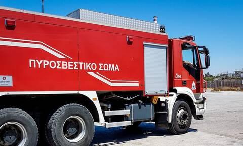 Φωτιά ΤΩΡΑ στο Αιγάλεω - Κλειστές δύο λωρίδες κυκλοφορίας στη Λεωφόρο Αθηνών