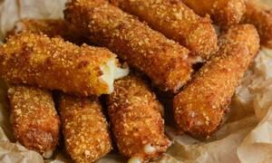 Πανεύκολη συνταγή για mozzarella sticks