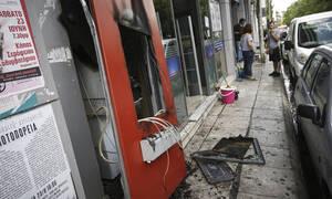 Πανικός στην Ακράτα: Ανατίναξαν ΑΤΜ τα ξημερώματα