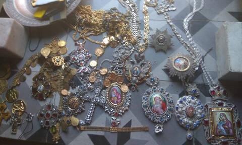 Ιερόσυλος... κατ' εξακολούθηση ο Ρουμάνος που έκλεψε τα τάματα από το Άγιο Όρος