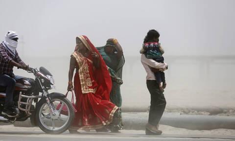 Συναγερμός στην Ινδία: 50 νεκροί σε 24 ώρες λόγω καύσωνα (pics)