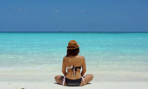 Κάηκες από τον ήλιο; 6 τρόποι για να ανακουφιστείς