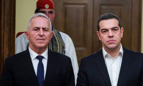 Συνάντηση Τσίπρα - Αποστολάκη: Δεν θα είναι υποψήφιος στις εκλογές ο υπουργός Εθνικής Άμυνας