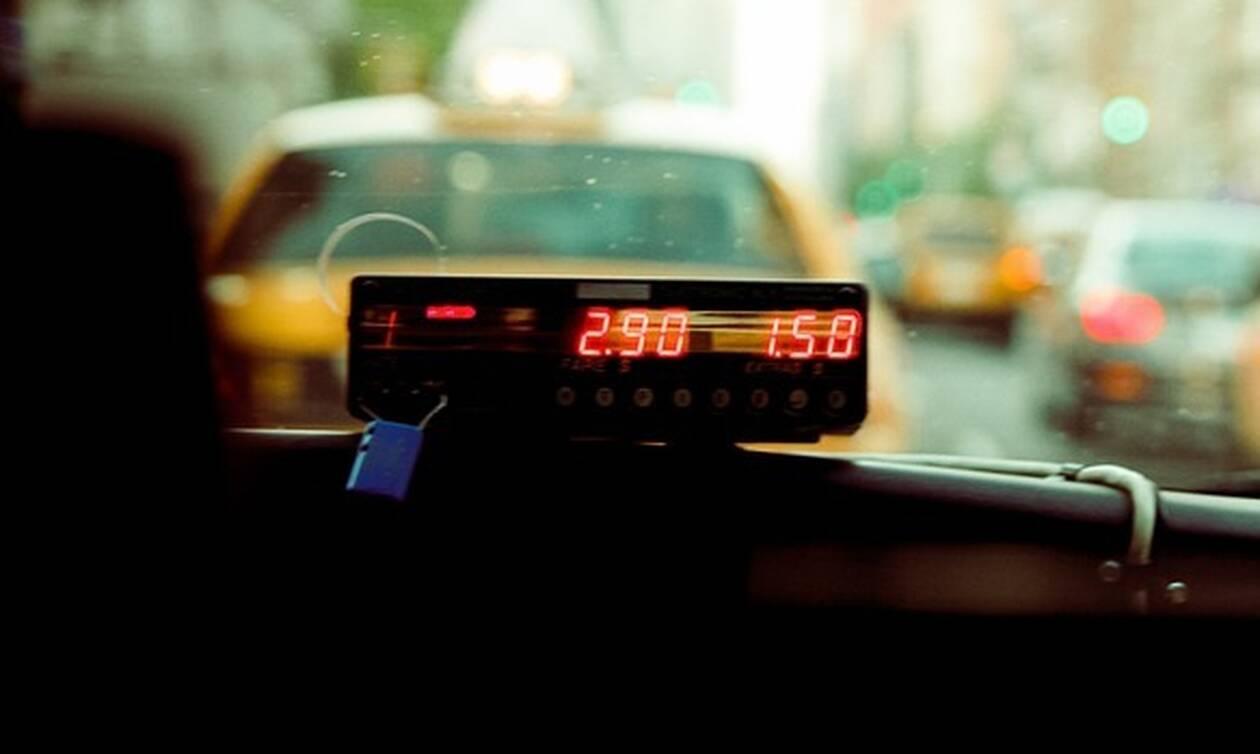 Θεσσαλονίκη: Ταξιτζής έπαθε το ΣΟΚ της ζωής του όταν κοίταξε στα καθίσματα
