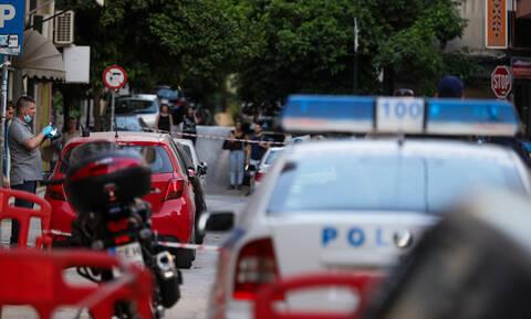 Έγκλημα Γουδή: Η στιγμή της σύλληψης της 68χρονης μητροκτόνου (vid)