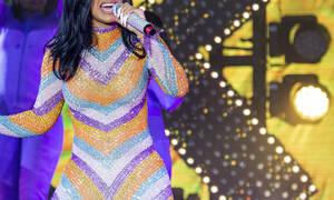 Φωτογραφία - ΣΟΚ: Δείτε πώς έγινε πασίγνωστη τραγουδίστρια μετά από πλαστική