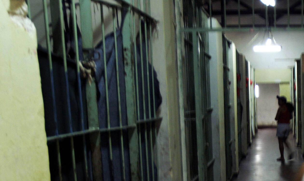 Φρίκη σε φυλακή: Βρήκαν πέντε κρατούμενους αποκεφαλισμένους