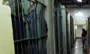 Σοκ σε φυλακή: Βρήκαν πέντε κρατούμενους αποκεφαλισμένους