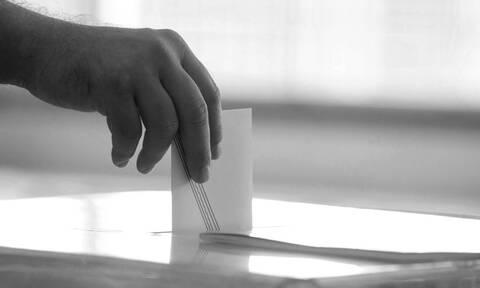 Βουλευτικές εκλογές: Όταν οι εκλογείς έριχναν «δαγκωτό» και «μαύριζαν» υποψηφίους