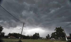 Καιρός: Καταιγίδες και χαλαζοπτώσεις σήμερα Τρίτη (18/6) – Πού θα «χτυπήσουν» τα φαινόμενα (χάρτες)