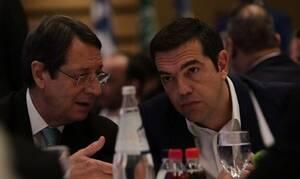 Ципрас и Анастасиадис провели переговоры по проблеме турецких провокаций в AOZ