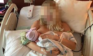 Πριν λίγες ώρες έγινε μαμά για δεύτερη φορά και ανέβασε την πρώτη της φωτογραφία (pic)