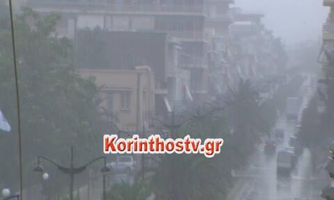 Καιρός: Σφοδρή χαλαζόπτωση στο Καρπενήσι - Ποτάμια οι δρόμοι στην Κόρινθο (pics+vids)