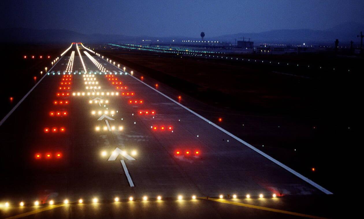 Απίστευτο περιστατικό στο αεροδρόμιο Χανίων: Δείτε με τι τράκαρε αεροπλάνο