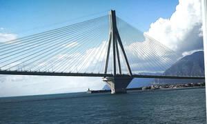 Συναγερμός: Ποδηλάτης έπεσε από τη γέφυρα Ρίου - Αντιρρίου