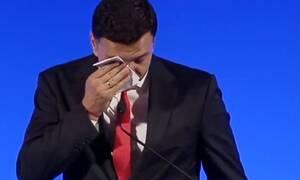 Γιατί έβαλε τα κλάματα ο Βασίλης Κικίλιας - Δείτε το βίντεο