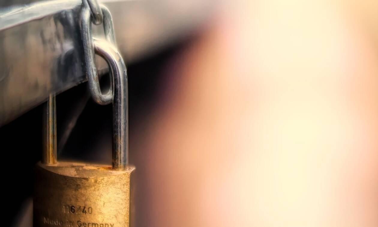 Μύκονος: «Λουκέτο» σε πασίγνωστο εστιατόριο για φοροδιαφυγή 25.800 ευρώ (pics)