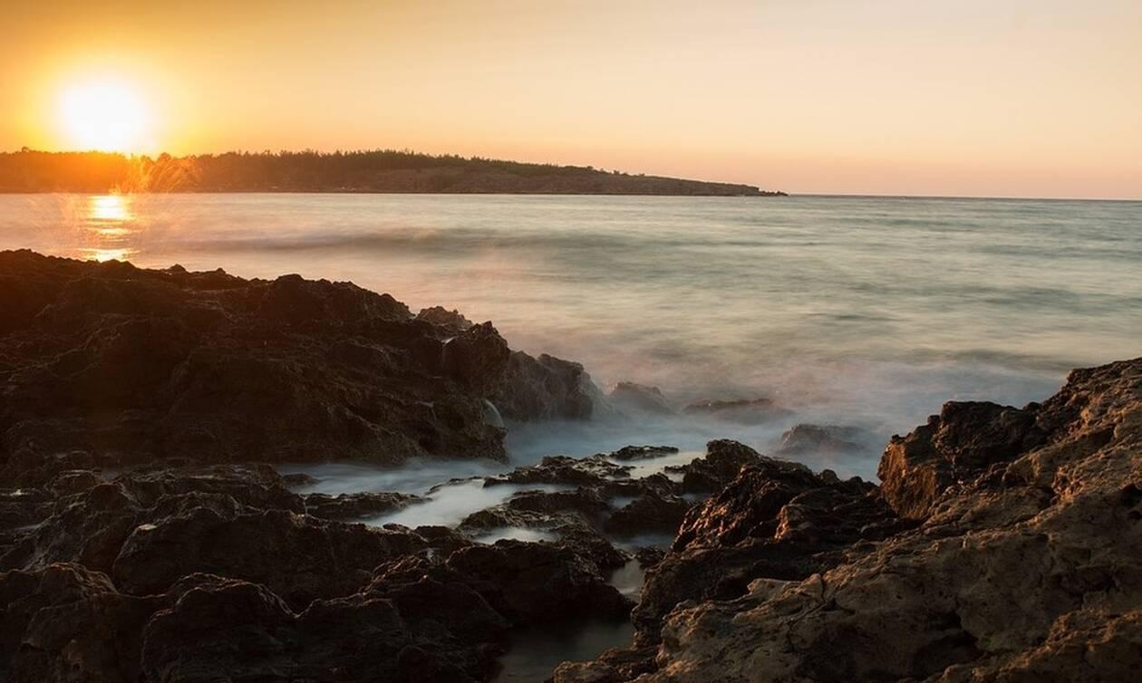 Οι «μυστικές» καταγάλανες παραλίες των Χανίων (pics)