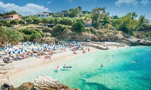Οργανωμένη ή Ανοργάνωτη Παραλία: Μπες και Ψήφισε (poll)