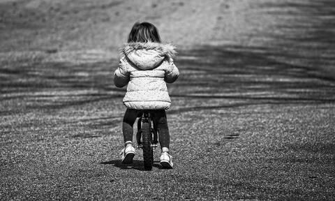 Φρίκη: Εντεκάχρονος φέρεται να βίασε την 3 ετών γειτόνισσά του