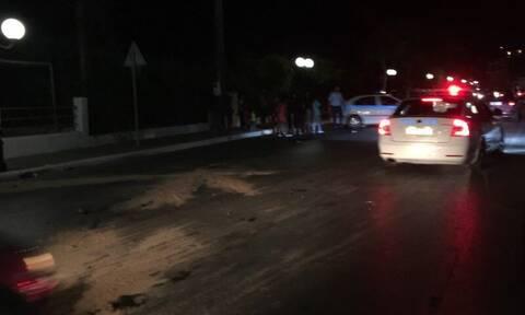 Τραγικό δυστύχημα στην Κρήτη: Μηχανή παρέσυρε πεζή και σύγκρουστηκε με αυτοκίνητο- Δύο νεκροί (pics)