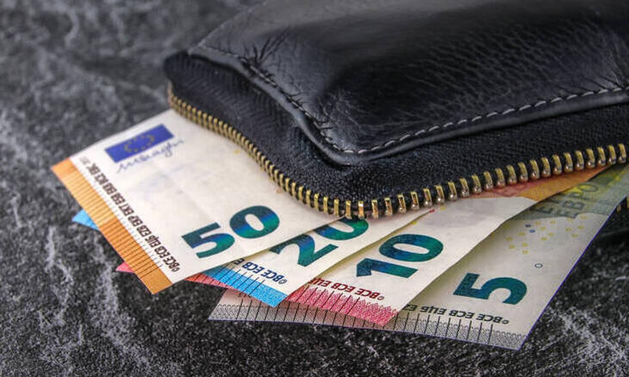 Θα «βρέξει» λεφτά από αύριο: Πόσα χρήματα θα δείτε στο λογαριασμό σας