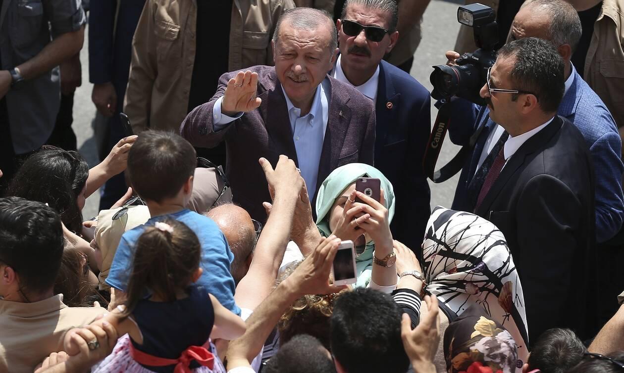 Αποτελέσματα εκλογών Κωνσταντινούπολη: Στην αυξημένη συμμετοχή ελπίζει ο Ερντογάν
