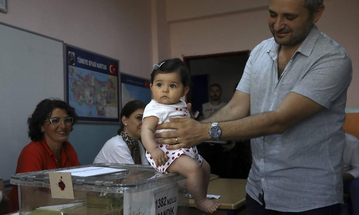 Αποτελέσματα εκλογών Κωνσταντινούπολη: Νέος δήμαρχος μέχρι τα μεσάνυχτα