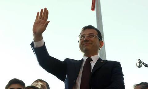 Εκρέμ Ιμάμογλου: Ποντιακής καταγωγής και ελληνόφωνος ο θριαμβευτής στην Κωνσταντινούπολη