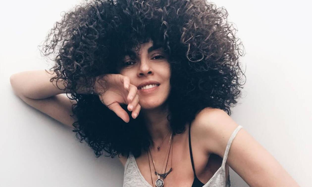 Η Μαρία Σολωμού κάνει comeback με μία νέα σέξι εμφάνιση