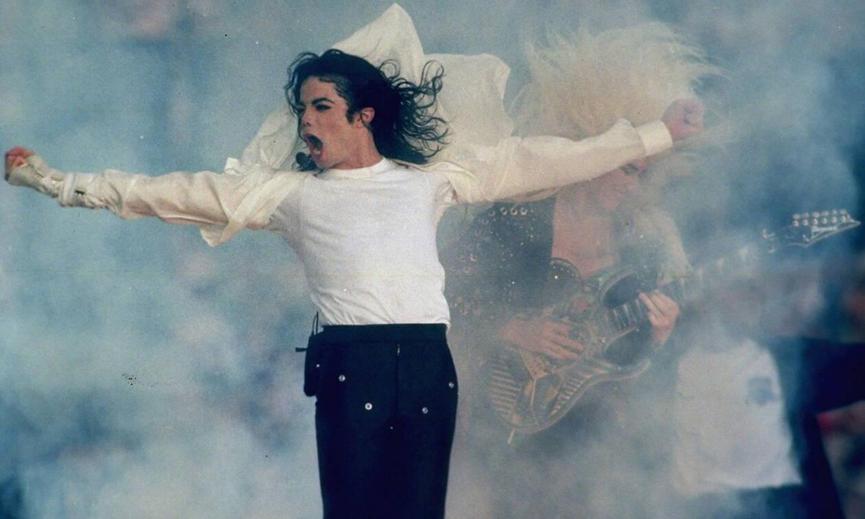 Σαν σήμερα το 2009 πεθαίνει ο «Βασιλιάς της Ποπ» Μάικλ Τζάκσον (pics+vid)