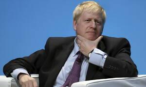 Brexit: Ο Μπόρις Τζόνσον δεσμεύεται ότι η αποχώρηση της Βρετανίας από την ΕΕ θα γίνει τον Οκτώβριο
