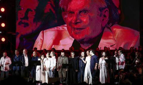 В Афинах состоялся концерт Микиса Теодоракиса