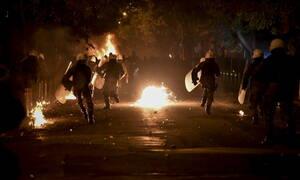Διπλή επίθεση με μολότοφ στα γραφεία του ΚΙΝΑΛ στη Χαριλάου Τρικούπη