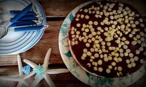 Νόστιμη και εύκολη τούρτα παγωτό με γιαούρτι (pics)