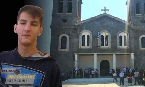Λεχαινά: Θρήνος στην κηδεία 19χρονου μπασκετμπολίστα