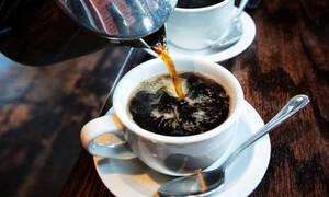 Καφές: Η συμβολή του στην καύση του λίπους και το αδυνάτισμα