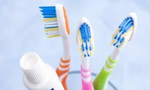 Τα επικίνδυνα λάθη που κάνουμε όλοι με την οδοντόβουρτσα (pics)