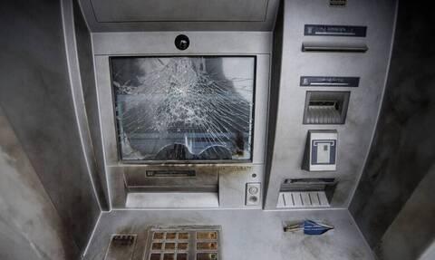 Ισχυρή έκρηξη σε ΑΤΜ στην Κερατέα