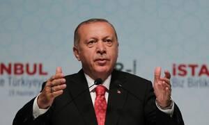 «Στριμωγμένος» ο Ερντογάν: Προς διάσπαση το κόμμα του