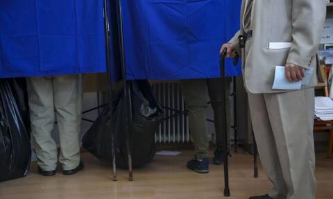 Δημοσκόπηση: Πού θα κριθεί η διαφορά ΣΥΡΙΖΑ - ΝΔ