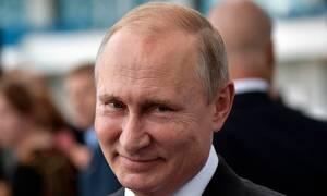 «Κεραυνοί» Πούτιν για ομοφυλόφιλους: Η πολλή ανεκτικότητα βλάπτει τον θεσμό της οικογένειας