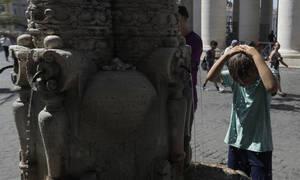 «Ψήνεται» η Ευρώπη: Ιστορικό ρεκόρ με 45 βαθμούς Κελσίου στη Γαλλία – Νεκροί και πυρκαγιές