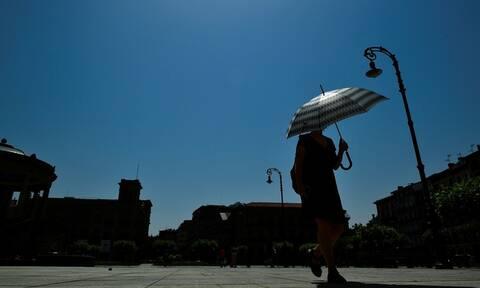 «Θερίζει» την Ευρώπη ο καύσωνας: Νεκροί και θερμοκρασίες ρεκόρ στη Γαλλία (pics+vid)